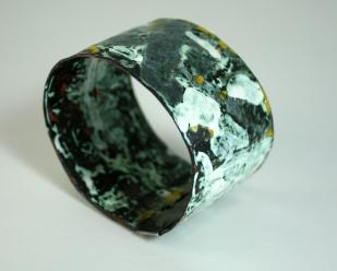 Copper enamelled cuff