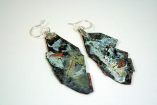 Copper folded beaten enamelled